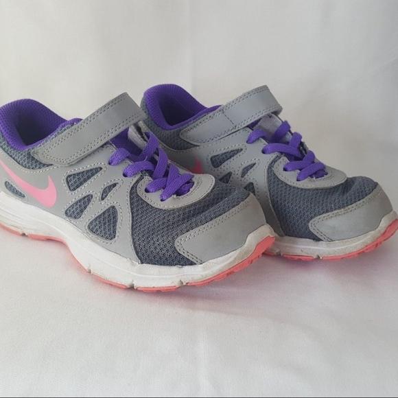 Nike 13 Zapatos Niñas Revolution 2 13 Nike C Poshmark 9234cc